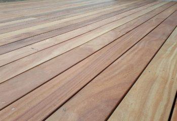 Plancher en bois d'une terrasse